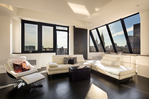 The Crown Jewel Penthouse Of 100 United Nations Plaza 1 Br
